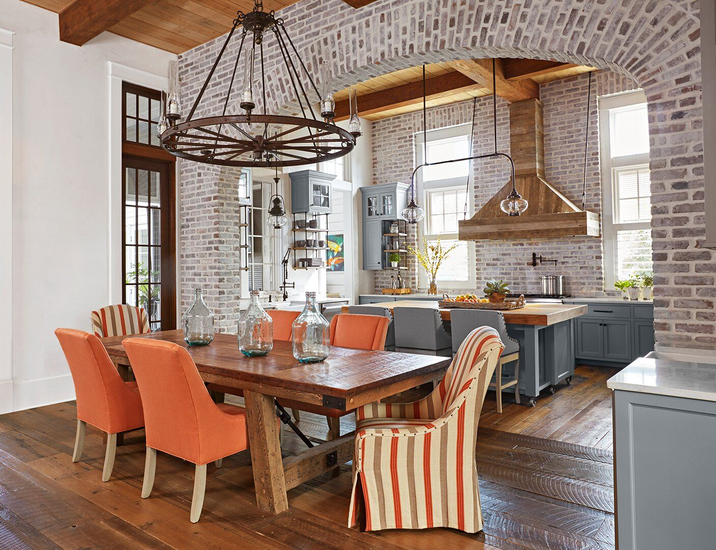 The Top 25 Kitchen Color Schemes for a Look You'll Love ...