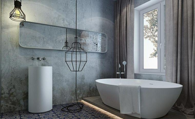 Come arredare un bagno vasca freestanding piastrelle dipinte