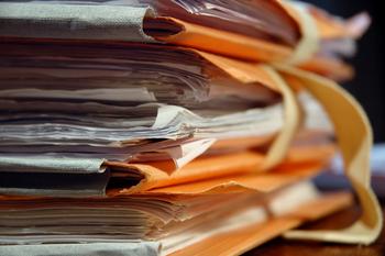 Combien De Temps Garder Papiers Et Documents Papier A Garder Papier Releve Bancaire