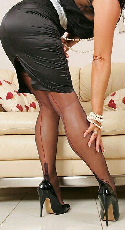 Strapse high heels