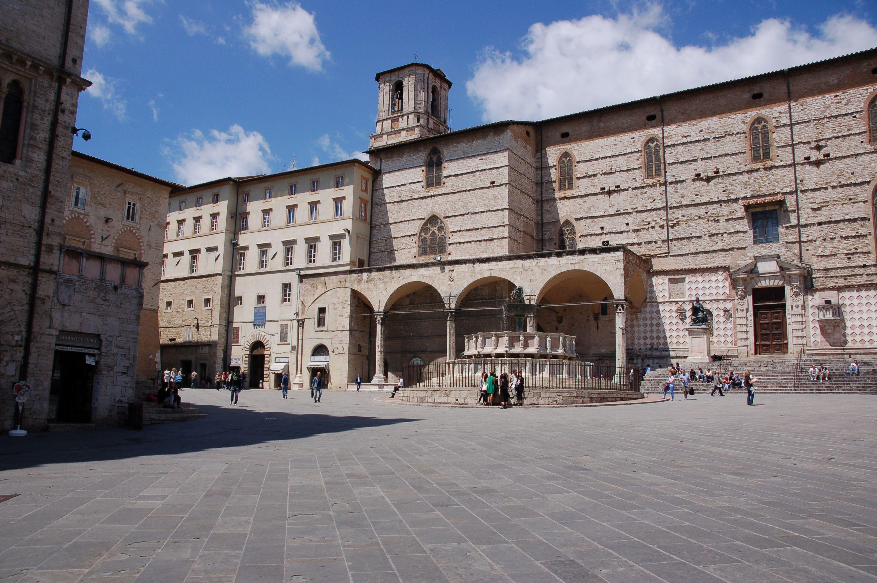 Perugia Piazza IV Novembre,Cattedrale di San Domenico