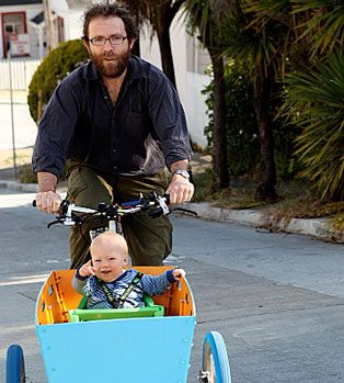 :: Onya Cycles :: - great happy baby riding in a cargo bike!