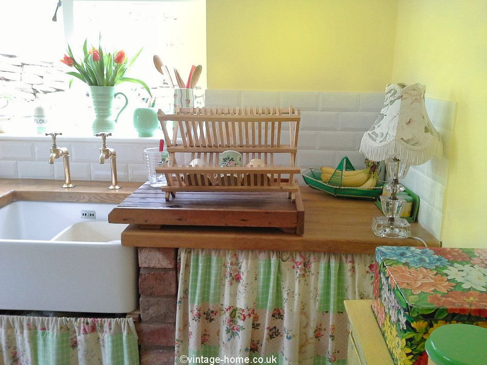 Colourful vintage kitchen in our English country cottage with ...