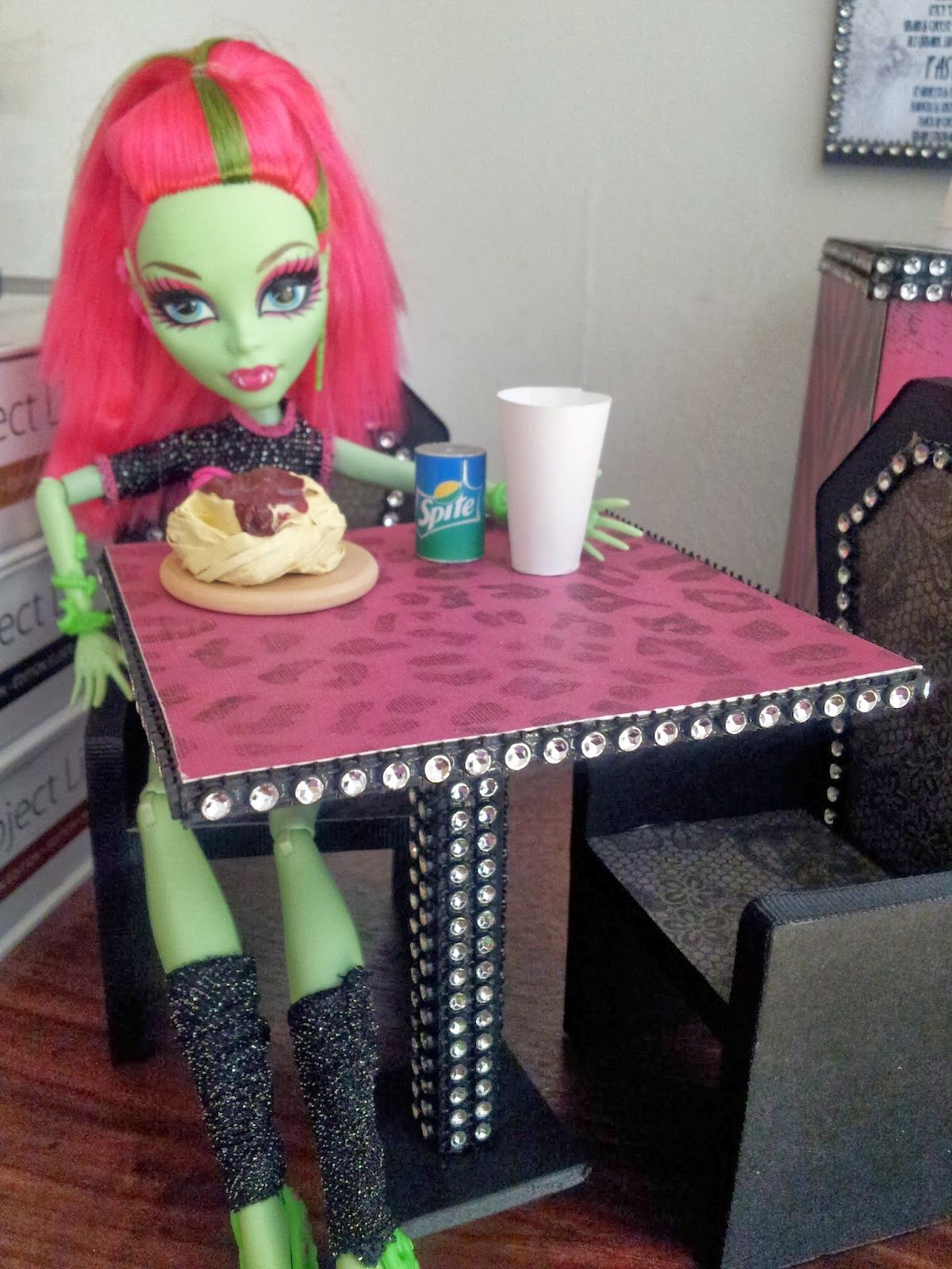 Delicieux Ashley Lynn Impression: DIY Doll Furniture