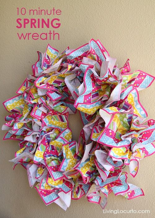 Photo of How to Make a Spring Wreath {Easy Napkin Craft}