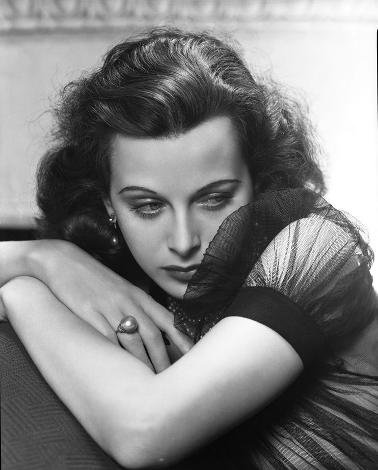 George Hurrell, Master of Hollywood Glamour Photography -Hedy Lamarr 1938