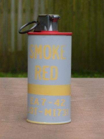 WW2 Smoke Grenade M18 / M16 | US Grenades | Ww2, Crates, Box