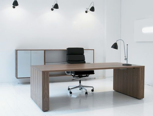 Contemporary Executive Wooden Office Desk Gos3 Gubi Office