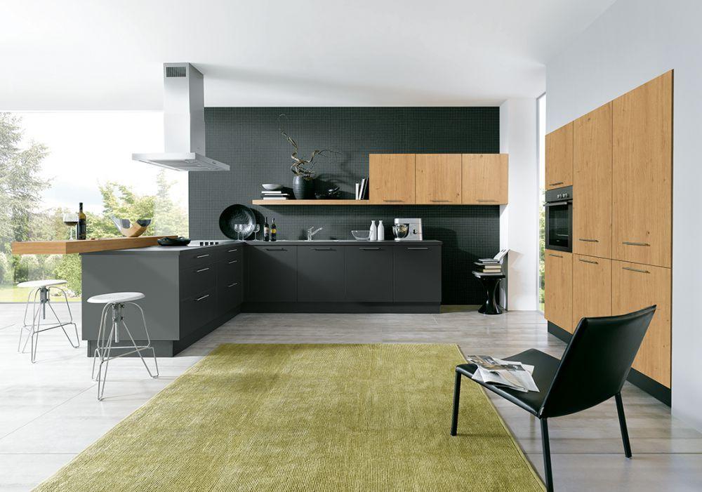 moderne küche matt schwarz insel inselabzugshaube schüller ...