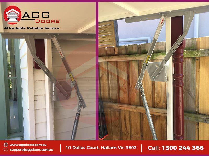 70j Fitting Replacement At Sandringham Door Type Tilt Door Fittingreplacement Tiltdoors Garage Garage Door Installation Roller Shutters Garage Door Repair