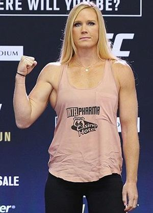 Holly Holm Body Measurements Height Weight Bra Size Abs Shoe Vital ...