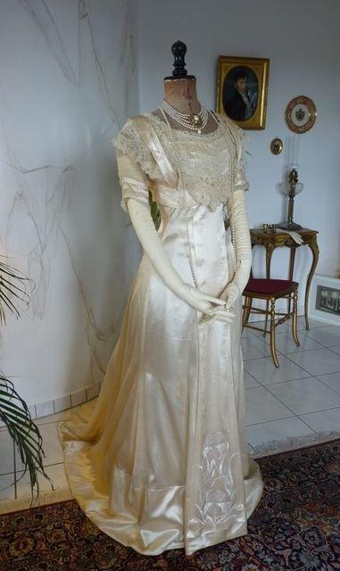 1909 Wedding Dress, Brussels Lace, antique bridal gown, antique ...
