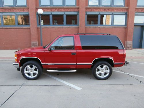 Chevrolet Tahoe Lt Sport Utility 2 Door Spotted In Ponca Ne Way Cool Little Blazer Sold For 7500 In Sept 2012 O Tahoe Lt Chevrolet Suv Ford Pickup Trucks