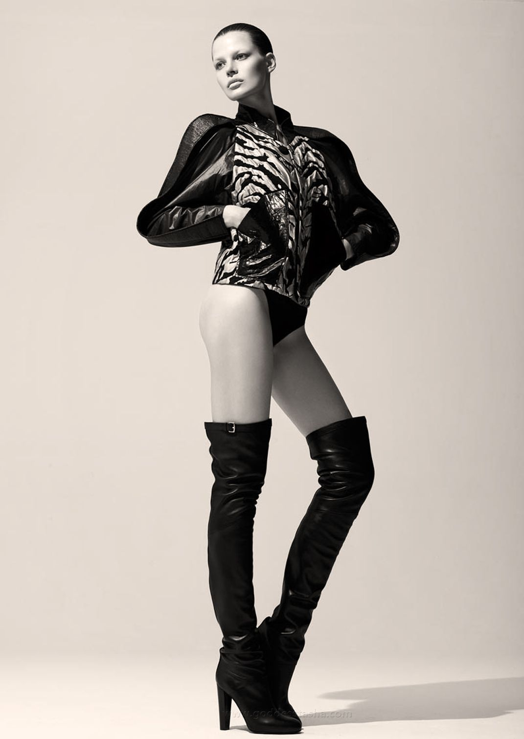 Thigh boots