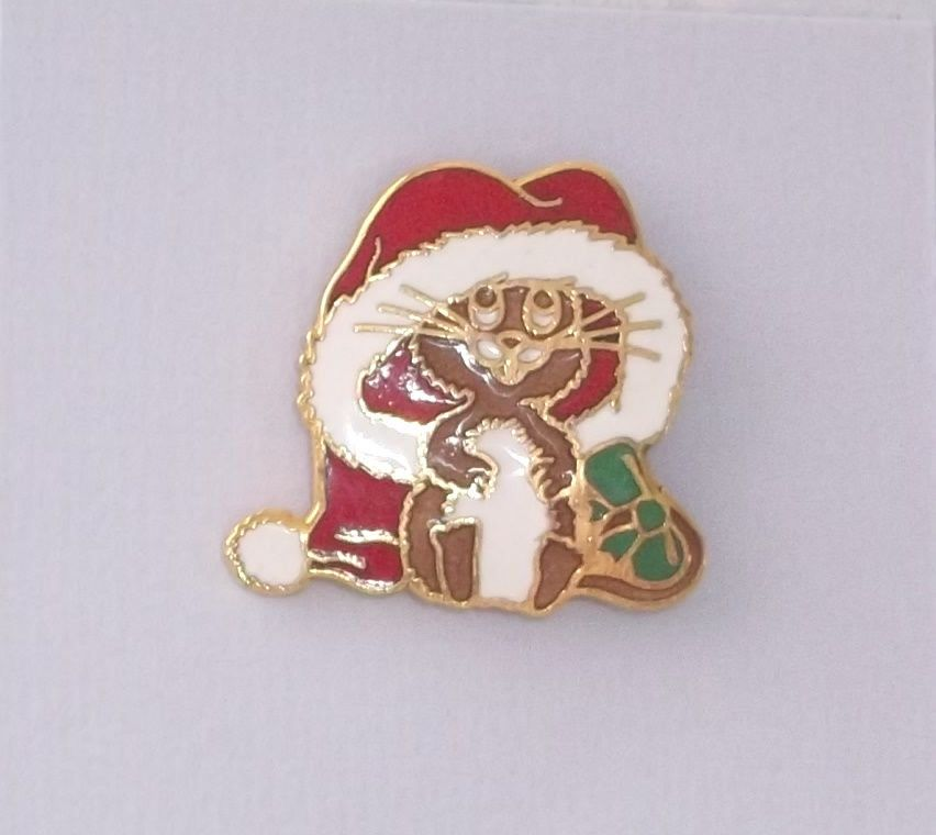 """Pin Santa Mouse Christmas 1""""  Oversized Hat #Unknown"""