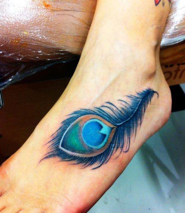 Tatuajes Plumas De Pavo Real En El Pie Tatoo Tatuajes Tatuaje