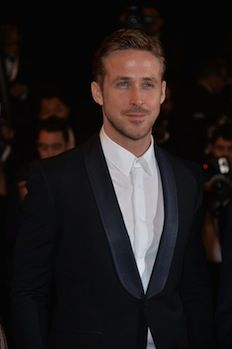 Ryan Gosling offered 'Beauty and the Beast' role, alongside Emma Watson (Report)   TheCelebrityCafe.com