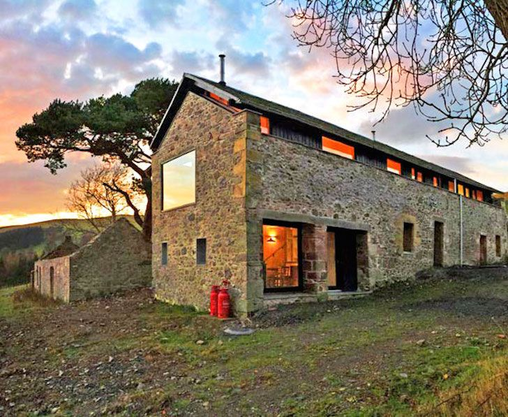 7 gorgeous modern homes hidden inside stone ruins for Modern stone houses architecture