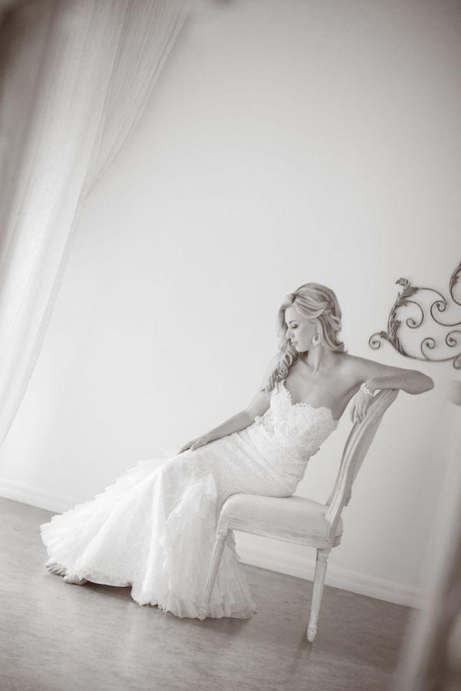 Top 5 Reasons Every Bride Should do a Pre-Bridal Photo Shoot » Ooh LaLa La Fete #bridalphotographyposes
