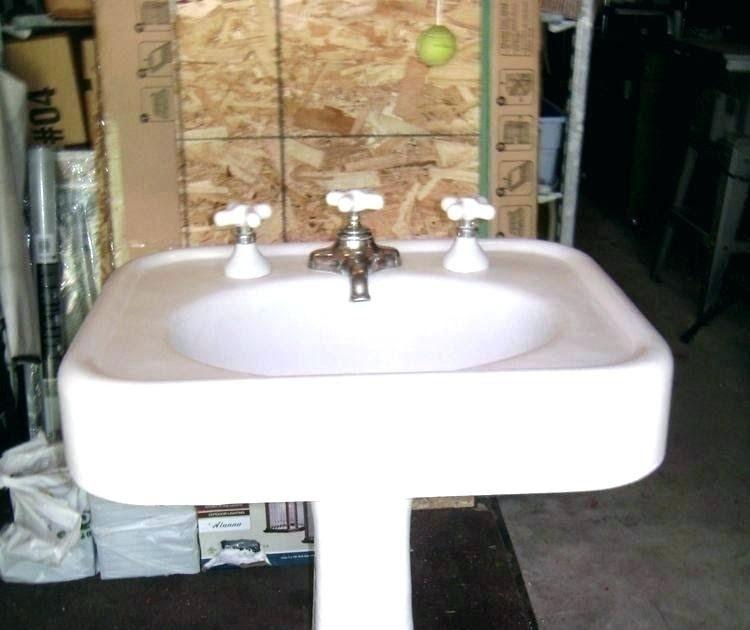 Bathroom Faucet For Pedestal Sink Dengan Gambar