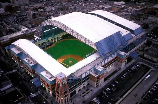 Minute Maid Park Is A Retractable Roofed Stadium In Houston That Houses The Houston Astros Major League Base Minute Maid Park Baseball Park Best Baseball Games