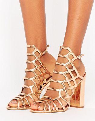 79b7c425536 Steve Madden Skales Metallic Block Heeled Sandals