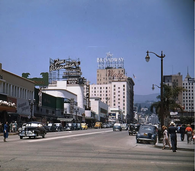 Fantastic Color Photos Capture Downtown Of Los Angeles In The 1940s Vintage Everyday Los Angeles Hollywood Los Angeles Hollywood Street