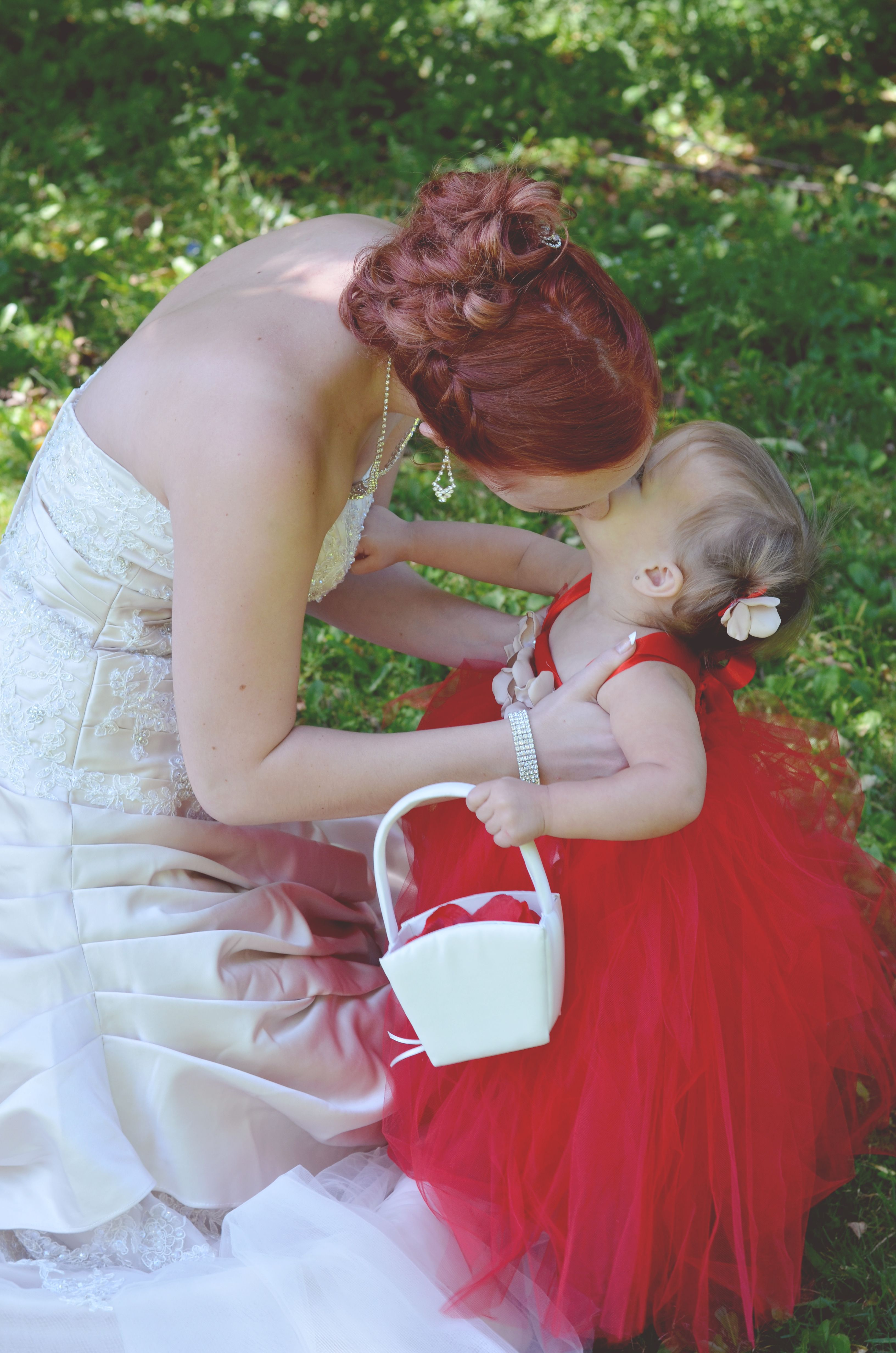 Wedding Bride And Flower Girl Kissing Tutu Dress Made By 3 Peas