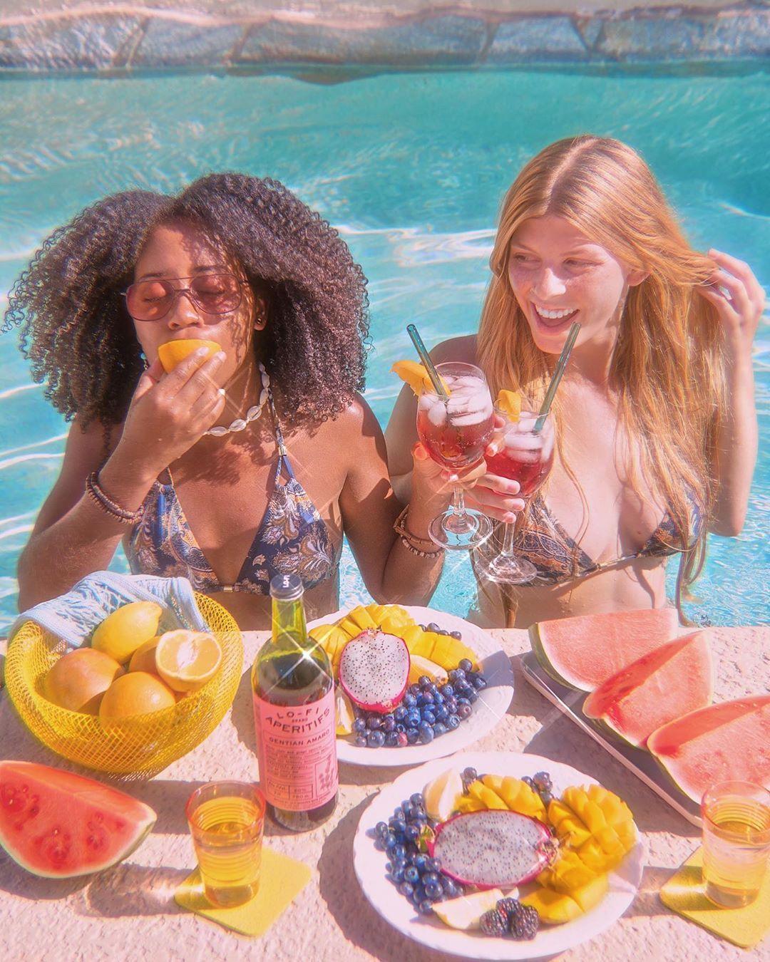 Pin By Lo Fi Aperitifs On West Coast Summer Cute Lesbian Couples