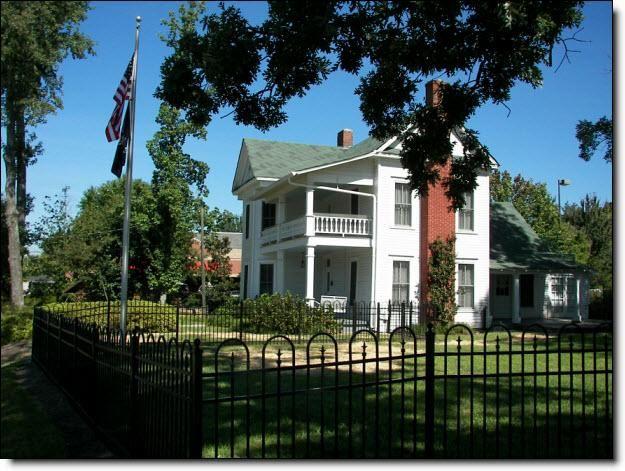 historic cheek spruill farmhouse dunwoody ga atlanta historic rh pinterest com