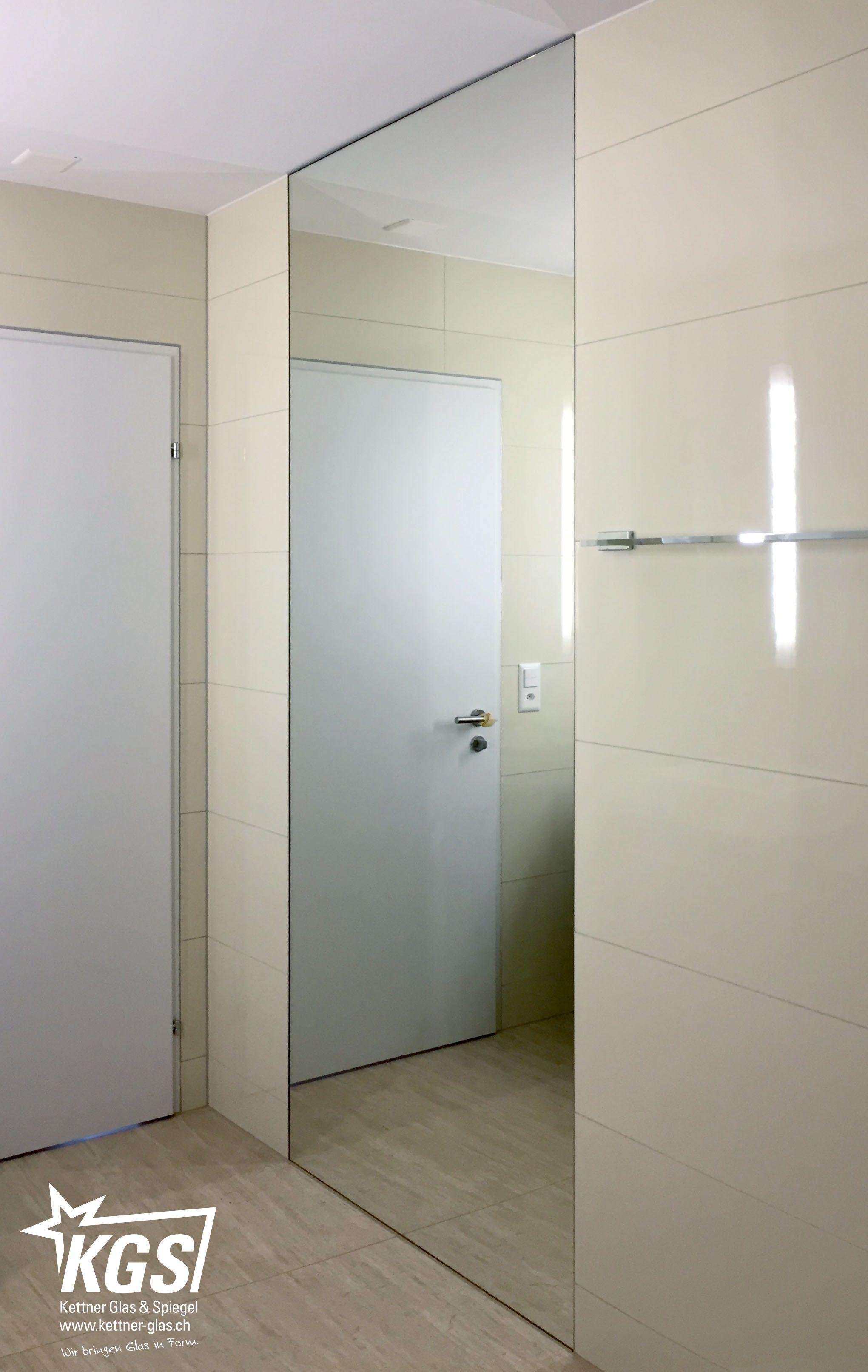 Raumhoher Und Oberflachenbundiger Badezimmerspiegel In Ubergrosse