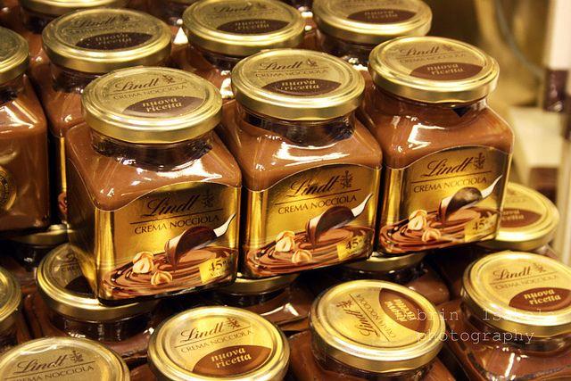 Lindt store #RoseVoxBox @Lindt Chocolate @Influenster #LindtTruffles