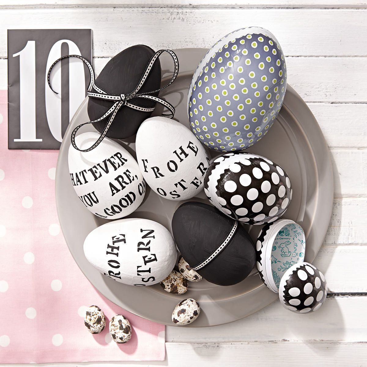 die drei eier aus pappe lassen sich ideal ffnen und mit kleinen berraschungen f llen. Black Bedroom Furniture Sets. Home Design Ideas