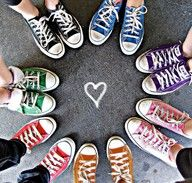 2850305ee92760 friends in a circle with shoes on. ima do this with my cousins. Converse