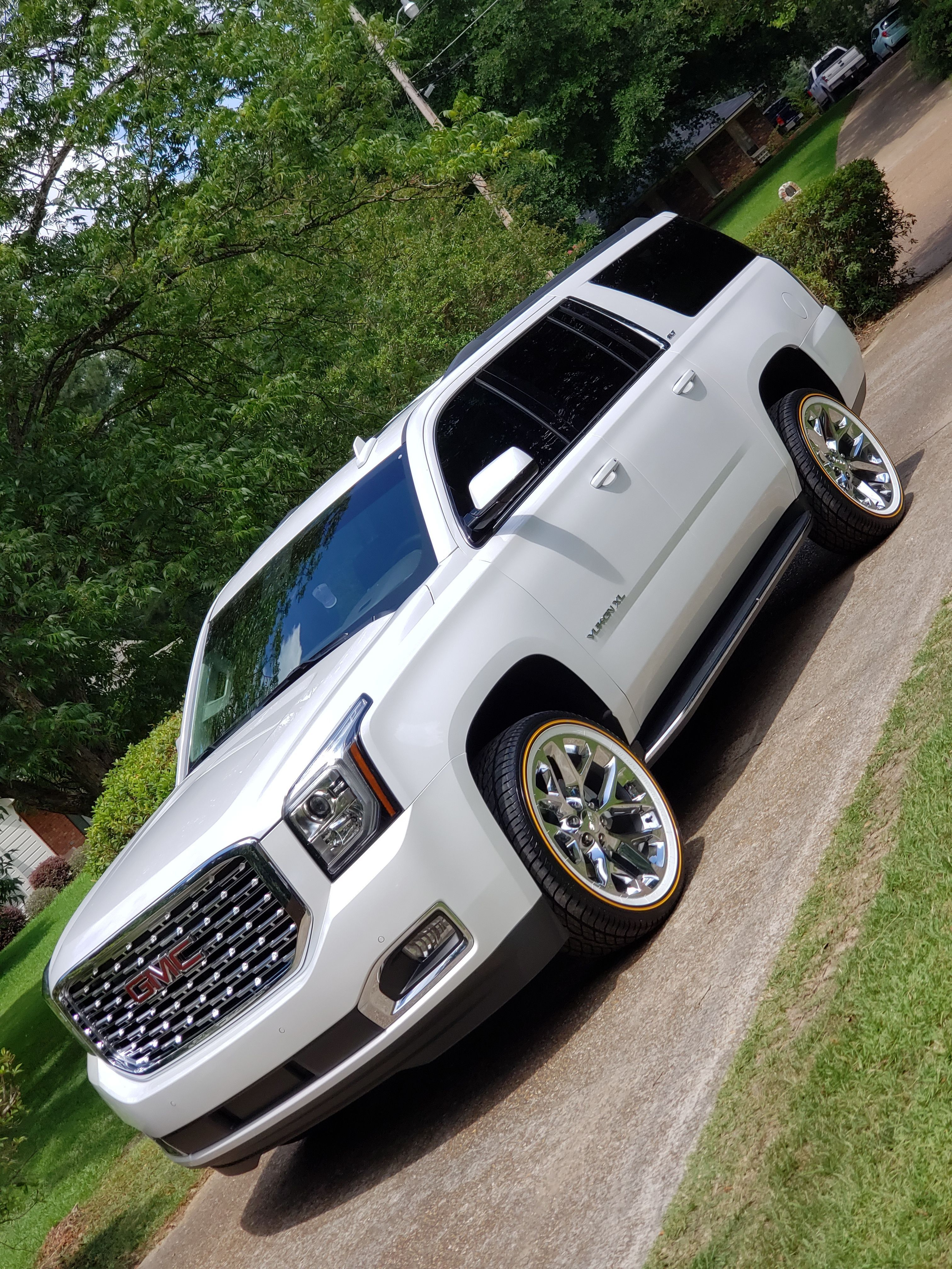 One Mean Machine Gmc Yukon Xl On Vogues Gmc Gmcyukonxl Yukon Yukonxl Vogues Vogue Voguetyres Tires Suv Trucks Jeep Truck Gmc Trucks