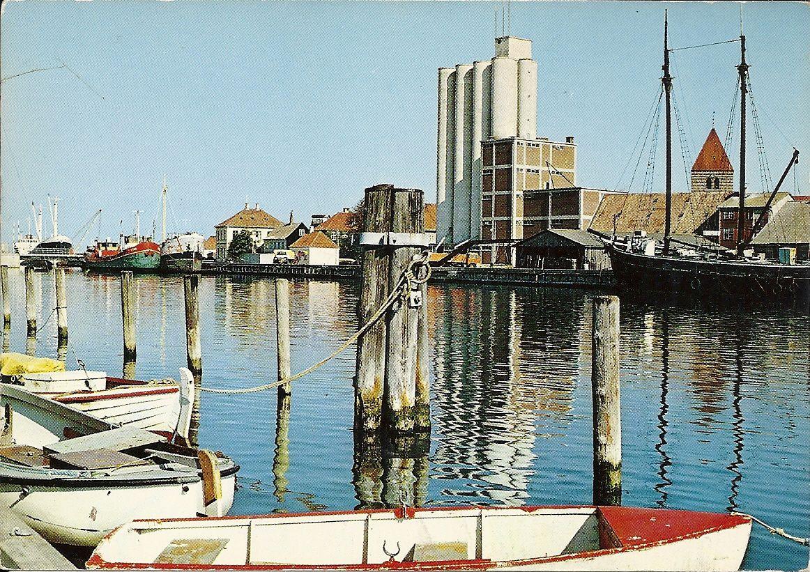 Stege Havn Med Siloer Postkort Egen Samling Postkort Billeder Monet
