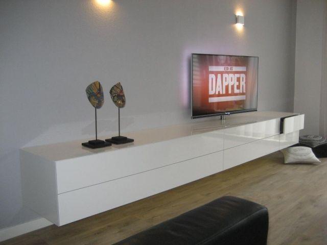 Afbeeldingsresultaat voor hangend tv meubel hoogglans wit for Hoogglans wit tv meubel