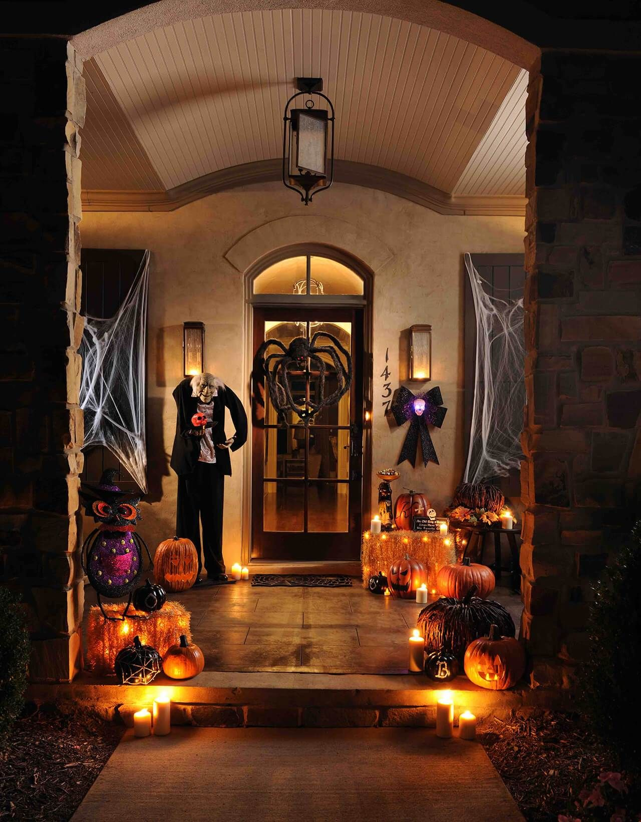 51 Spooky DIY Halloween Front Porch Decorating Ideas This