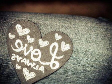 صور حب وغرام احلي صور رومانسية غرامية وعاطفية ميكساتك Music Instruments Photo Guitar