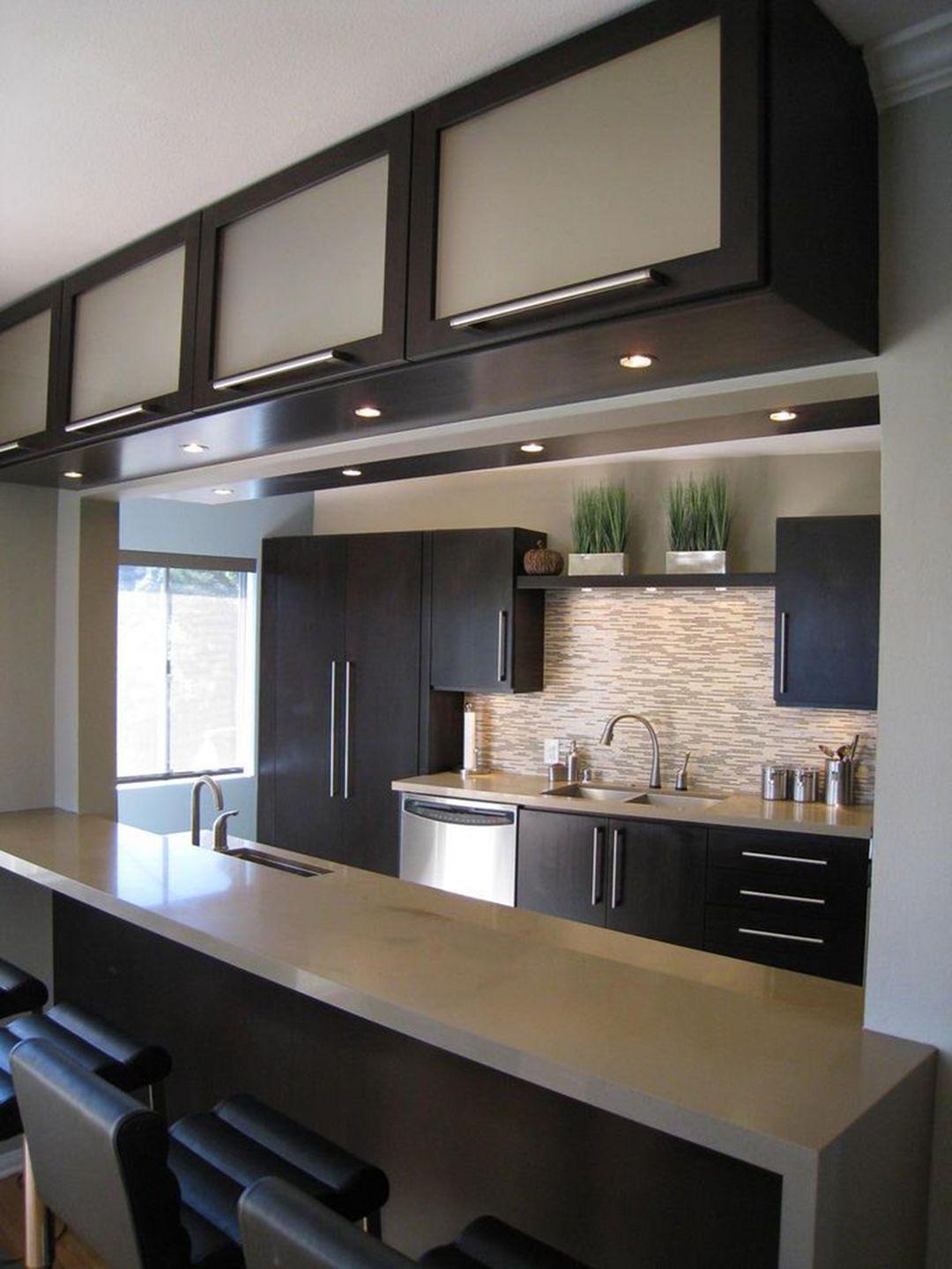 Brilliant 65 Amazing Small Modern Kitchen Design Ideas Https Decoor Net 65 Amazing S Small Modern Kitchens Kitchen Remodel Small Kitchen Design Modern Small