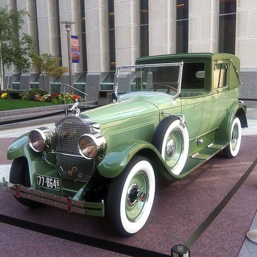 1924 packard town car cars with running boards pinterest cars classic cars et vintage cars. Black Bedroom Furniture Sets. Home Design Ideas
