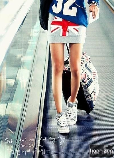 I love pretty much everything about this outfit. | See more about sport style, sports and skirts.