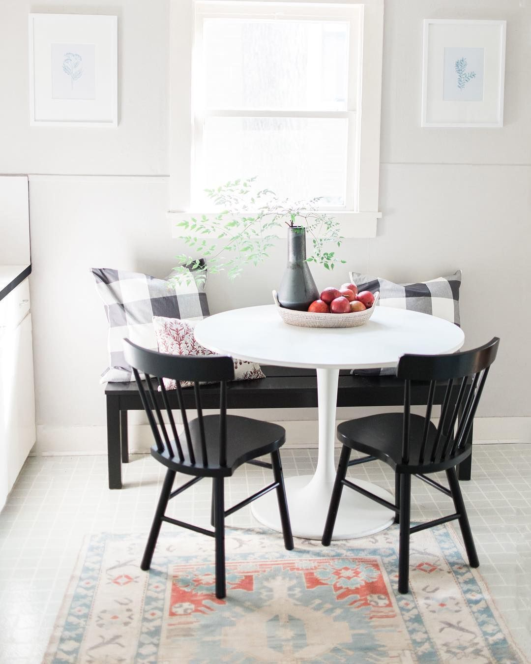 Dining Nook In A Rental Kitchen With White Tulip Table Traditional Black Shaker Chairs And Black Banquet Tulip Dining Table Dining Nook Painted Dining Table