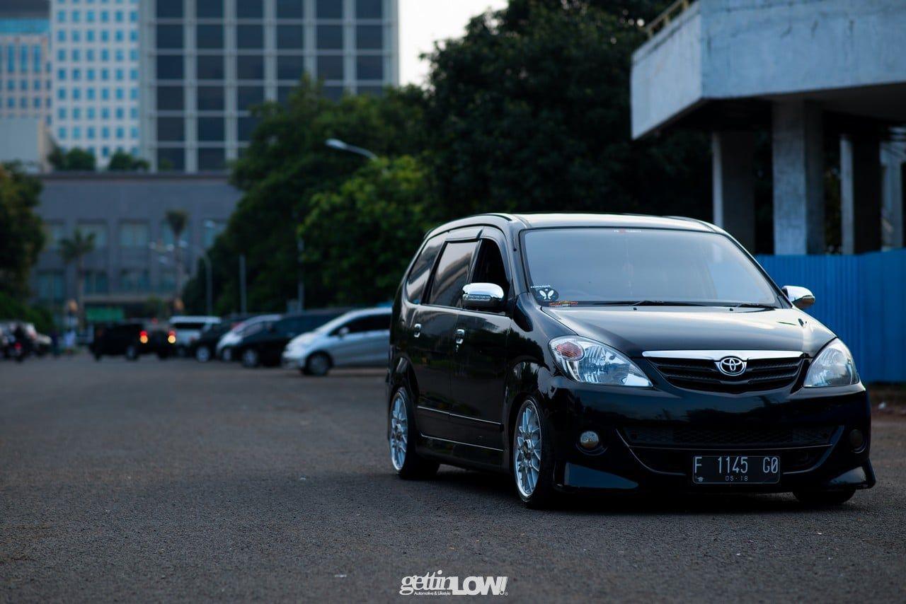 Modifikasi Mobil Avanza Hitam Ceper Modifikasi Mobil Mobil Kendaraan