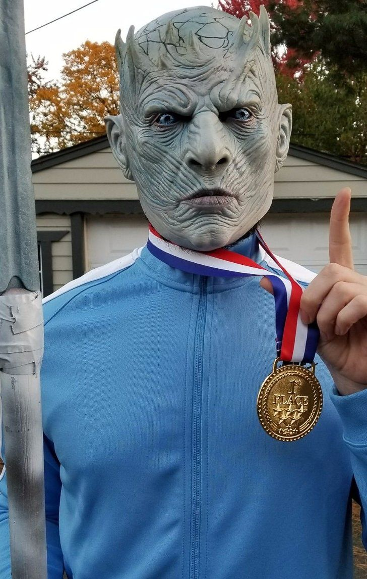This Guy Just Won Halloween With His Olympics Night King ...