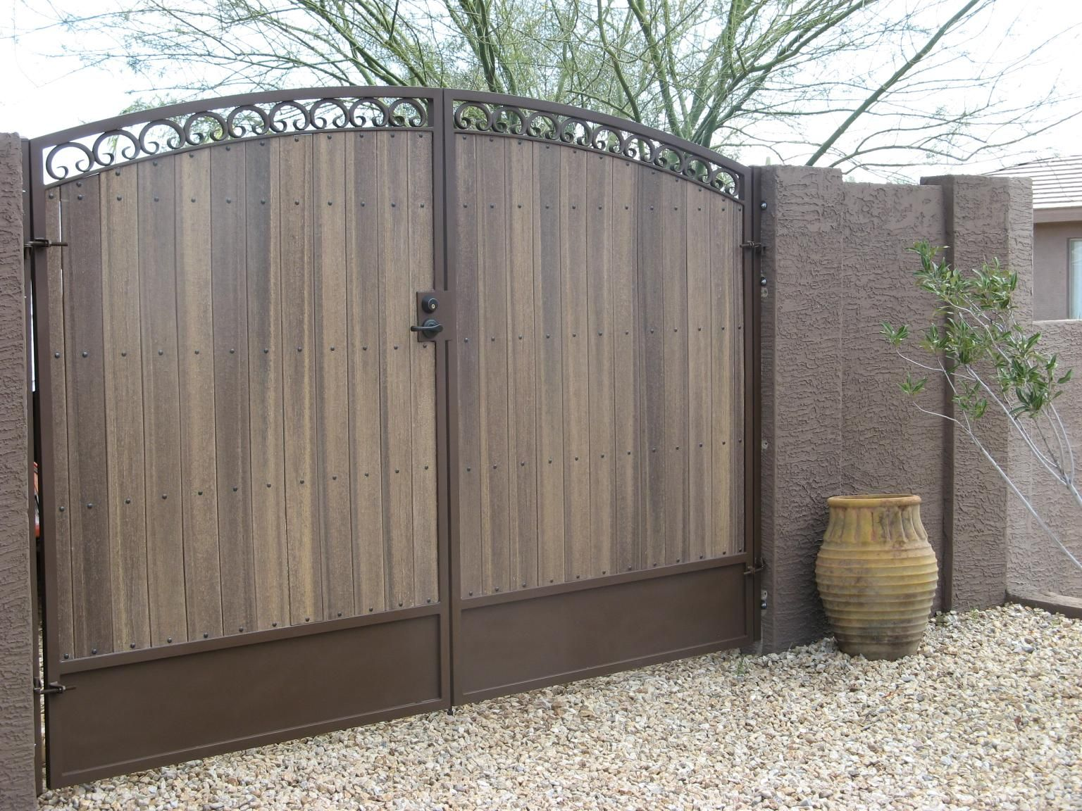 Deco Series Arched Gates Are The Highest Quality Series