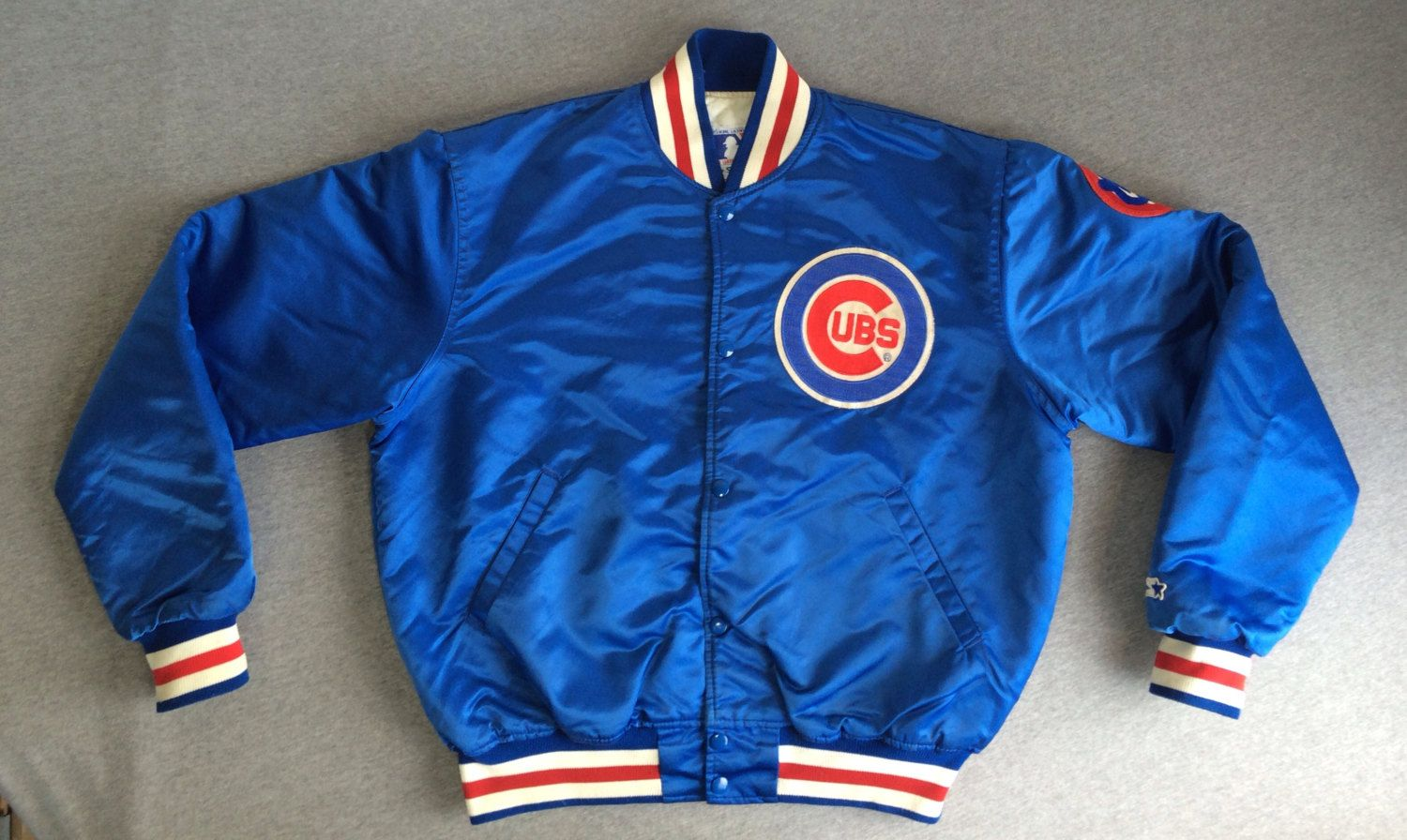 33e3cd7efaf CUBS STARTER Jacket 80 s Vintage  Satin Insulated Bear on Sleeve Chicago  Cubbies  Official Licensee Major League Baseball Made in UsA Large by ...