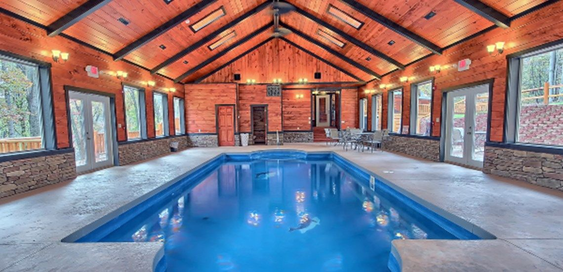 Lodges With Indoor Pools In Hocking Hills Indoor Swimming Pools Indoor Outdoor Pool Indoor Pool