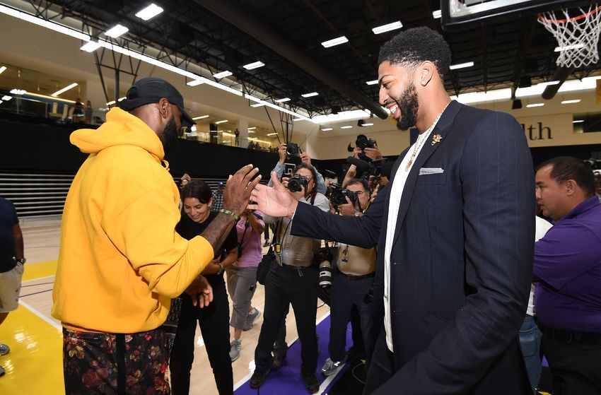 Los Angeles Lakers Rightfully Lead Nba In Nationally Televised Games Nba Lakeshow Los Angeles Lakers Nba Tv Lakers