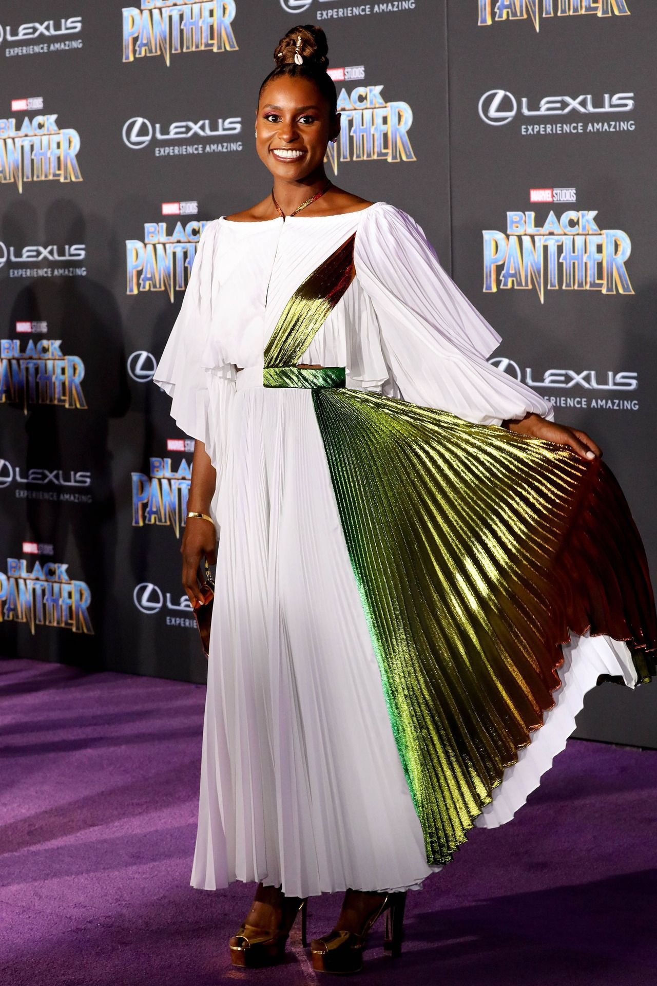 The Walking Dead Teppich Issa Rae Attends The Premiere Of Disney And Marvel S Black